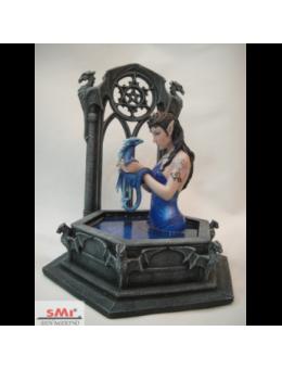 WATER DRAGON - Fata sul pozzo con drago